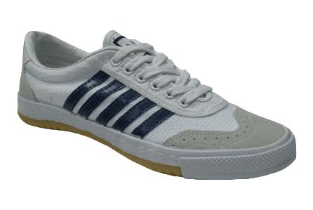 Обувь спорт. Trien  А120 Т белая с син. р. 38 АКЦИЯ!