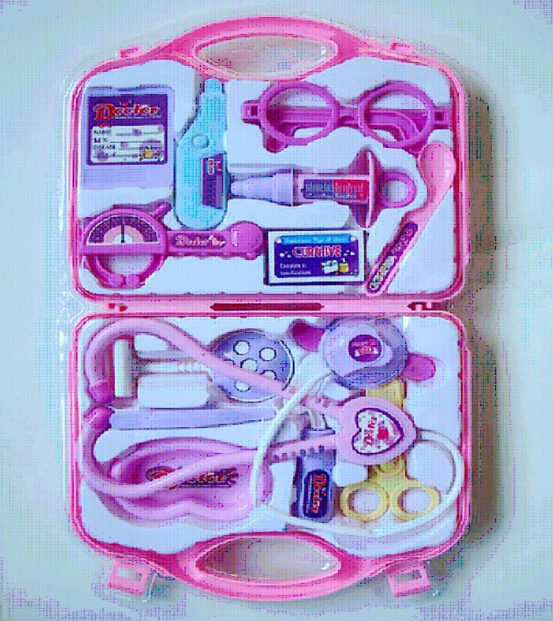 Набор доктора,розовый,в чемодане 7769AB